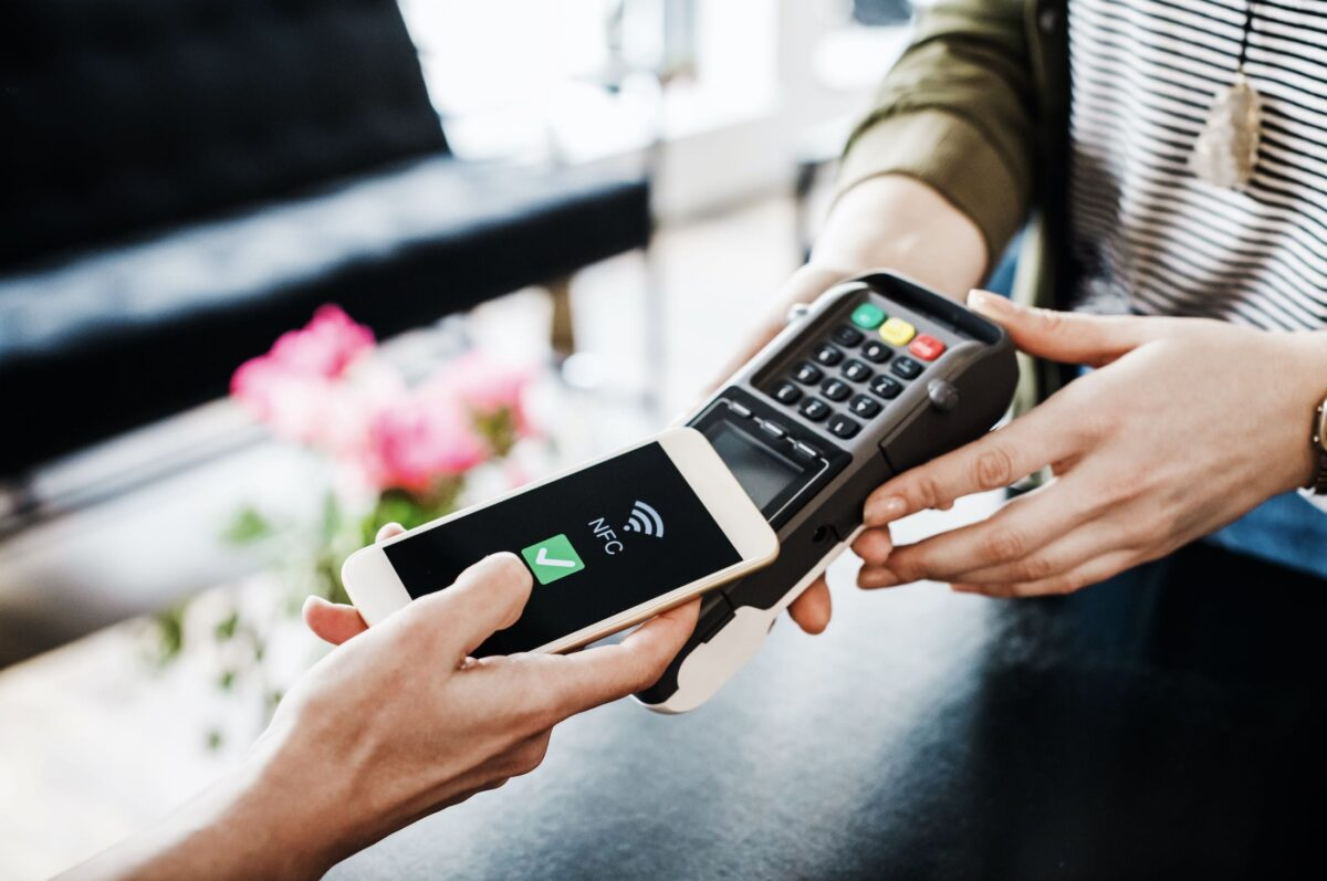 A US Consumer Using A Touchless Payment Method
